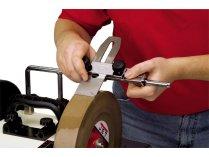 Приспособление для доводки столярного инструмента и ножей